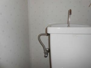 ロータンク給水管