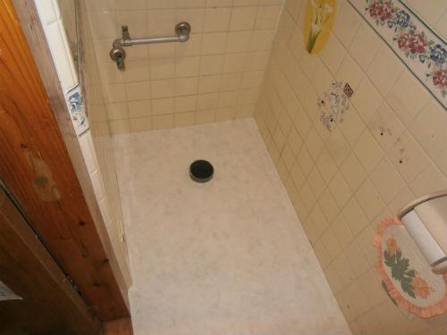 トイレ床張替え