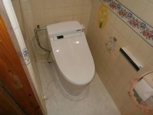 トイレ交換工事完了