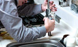 トイレ,蛇口,水道,修理,方法